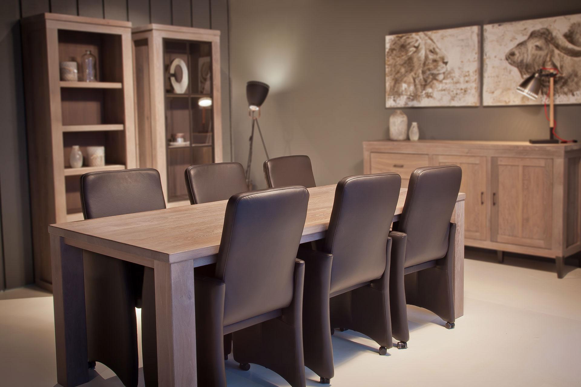 Eetkamertafel rechte houten poten bks meubelen staphorst for Tafel samenstellen